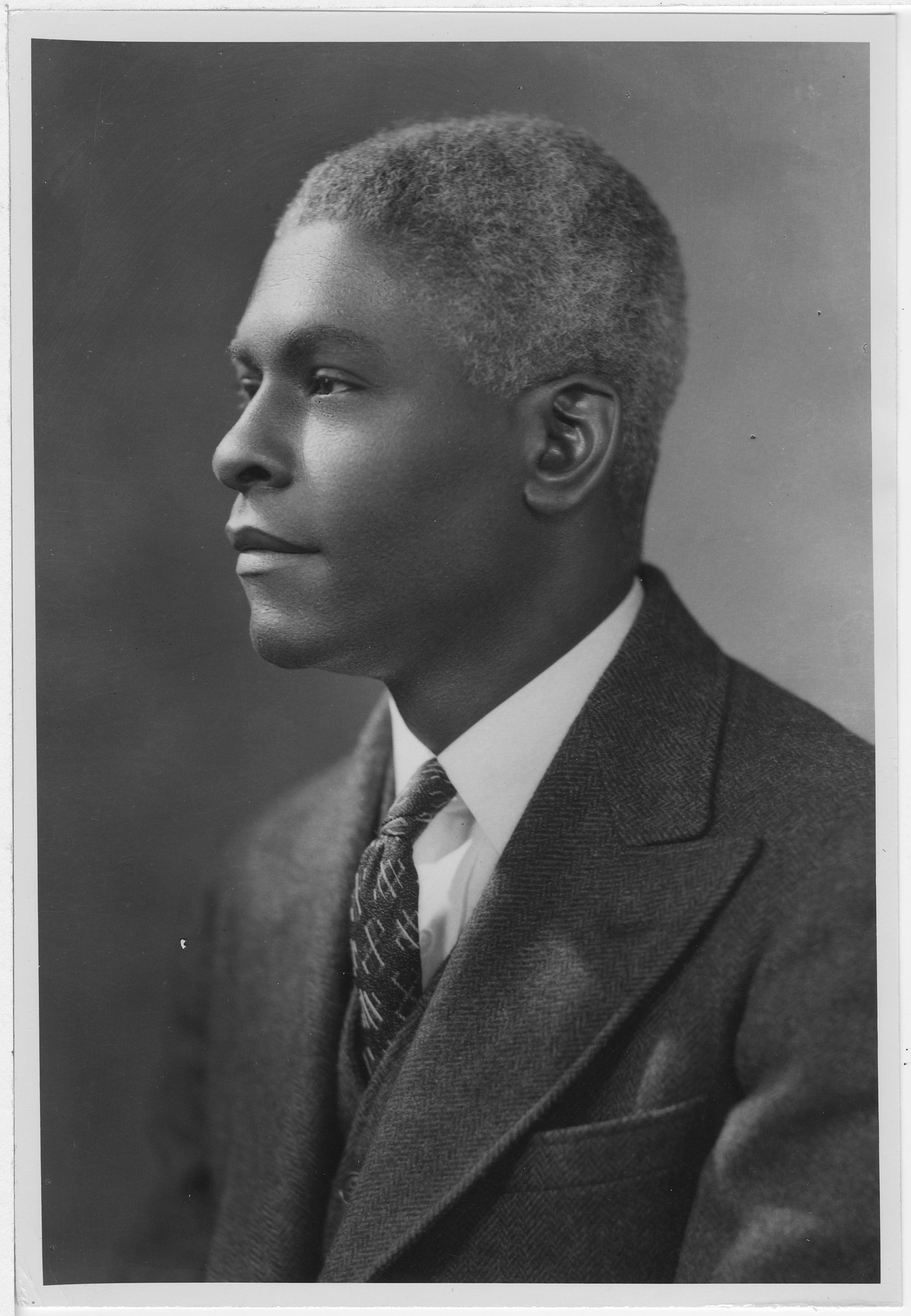 Headshot of Benjamin E. Mays