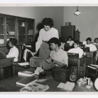 Students in a Typing class with Professor Jewel McCann