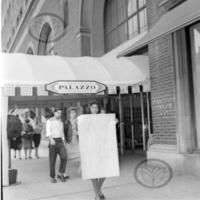 AI_042_19601019_Woman at Palazzo_webwm.jpg